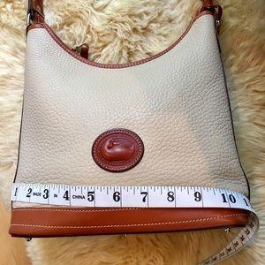 DOONEY & BOURKE Vintage Wheat shoulder bag